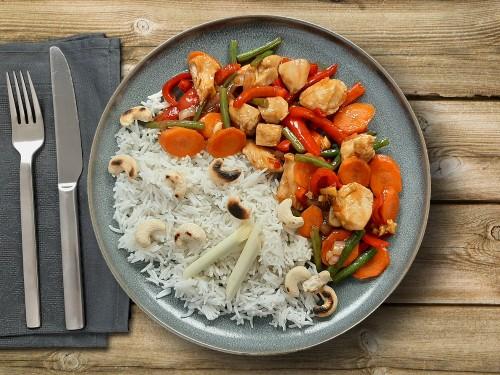 Hähnchen-Gemüse Wok mit Austernsauce