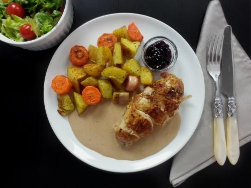 Roast Hühnerbrust mit Johannisbeerensauce