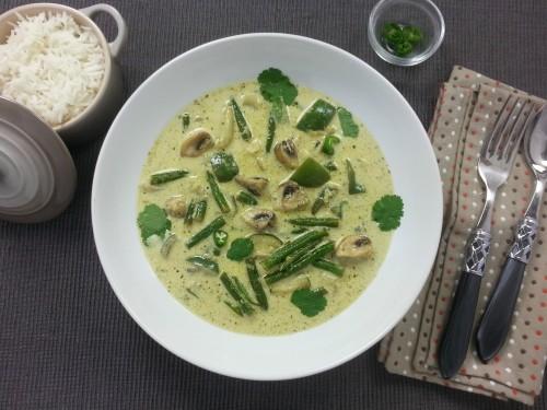 Thai-Green-Curry (Vegan) mit Champignons und Brechbohnen